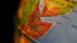 Somali'de askeri konvoya bombalı saldırı